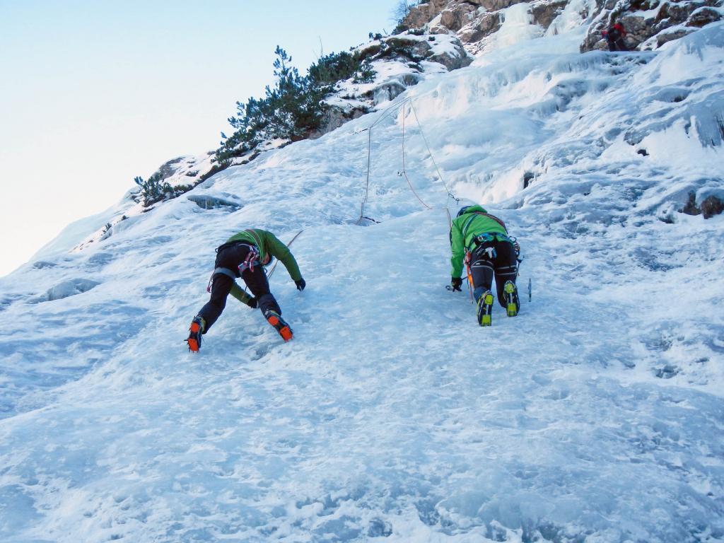 Corso arrampicata cascate di ghiaccio 2015 gallery scuola - Specchio di biancaneve ...